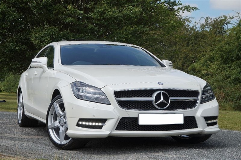 used Mercedes CLS CLS250 CDI BLUEEFFICIENCY AMG SPORT ** PEARL WHITE ** SUNROOF ** in essex