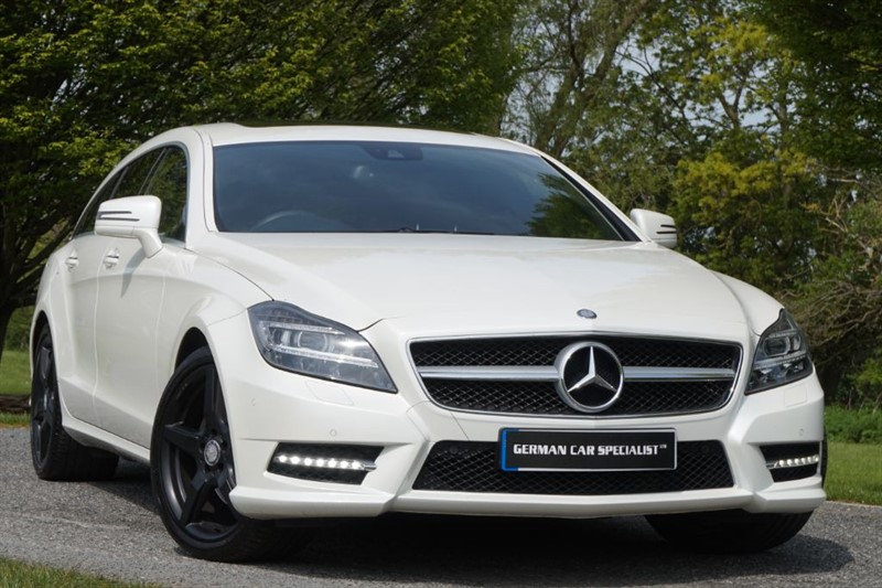 used Mercedes 170 CLS250 CDI BLUEEFFICIENCY AMG SPORT ** BIG SPEC ** ONLY 16K MILES ** in essex