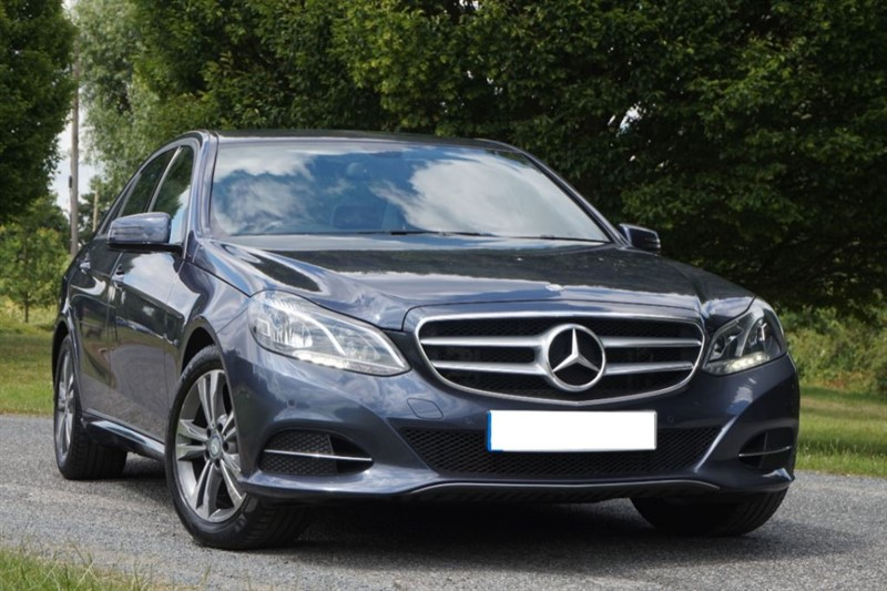 used Mercedes E220 SE ** 1 OWNER FPOM NEW ** in essex