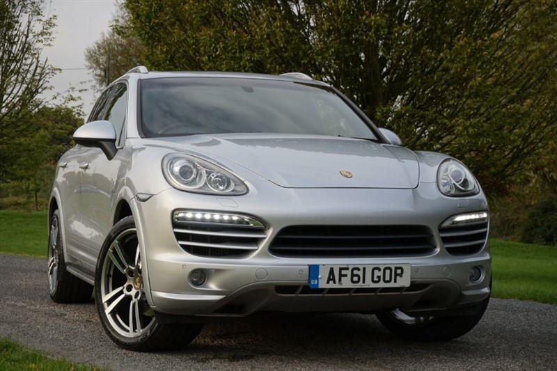 "used Porsche Cayenne D V6 TIPTRONIC ** PAN ROOF & 22"" WHEELS ** in essex"