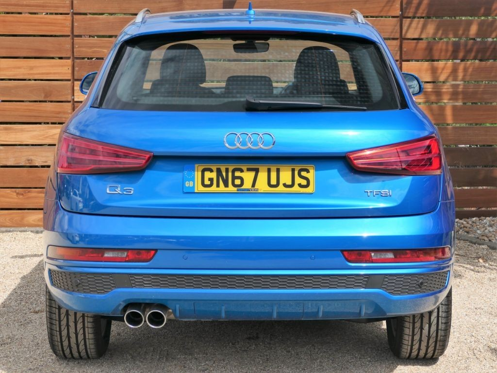 Used Hainan Blue Audi Q3 for Sale | Dorset