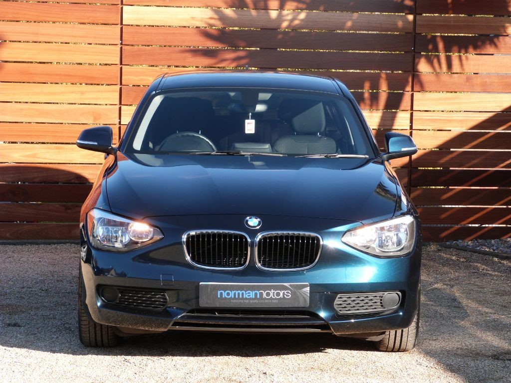 used midnight blue bmw 114i for sale dorset. Black Bedroom Furniture Sets. Home Design Ideas