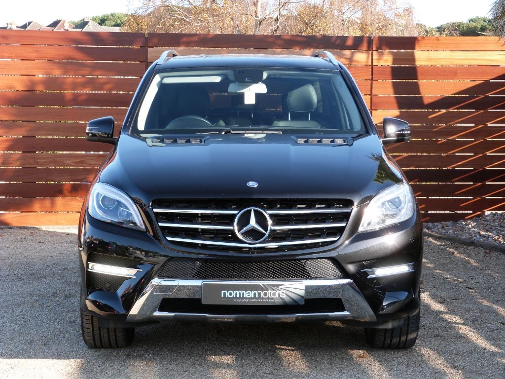 used obsidian black mercedes ml350 for sale dorset. Black Bedroom Furniture Sets. Home Design Ideas