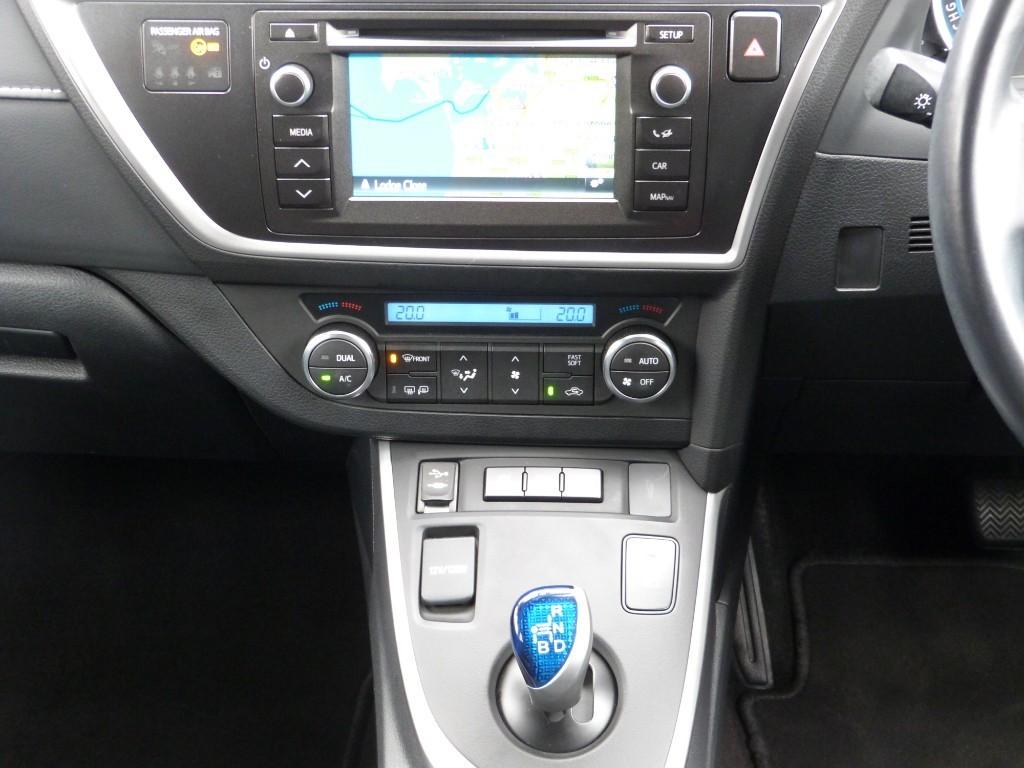 Used Aspen Grey Toyota Auris for Sale | Dorset