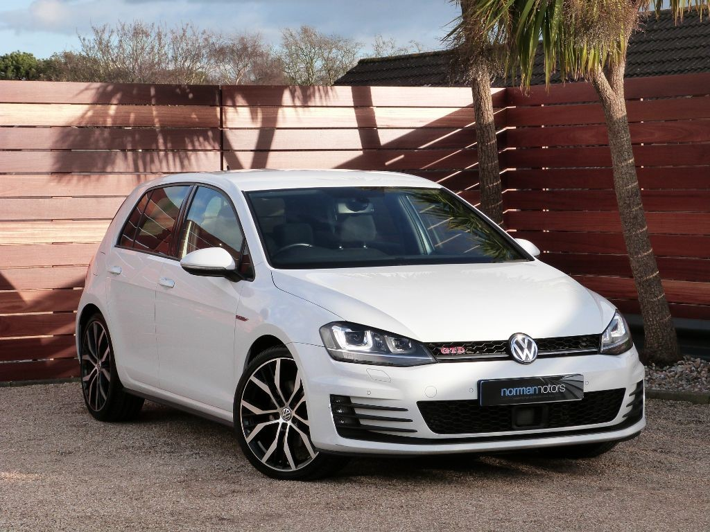 used special pure white vw golf for sale dorset. Black Bedroom Furniture Sets. Home Design Ideas