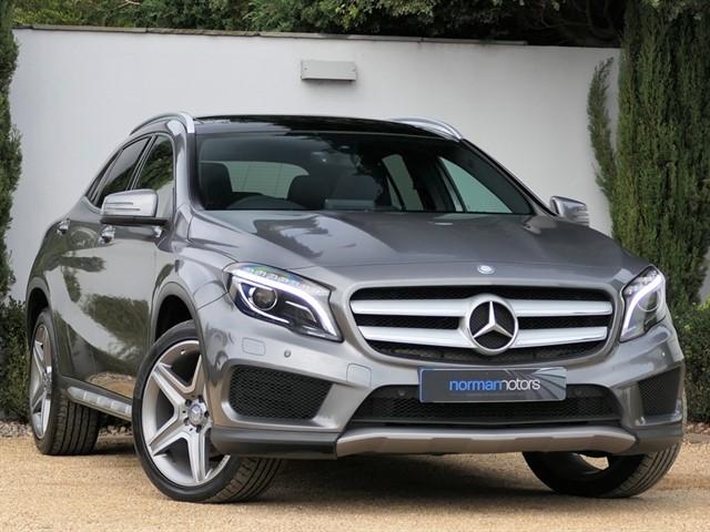 used Mercedes GLA220 D 4MATIC AMG LINE PREMIUM