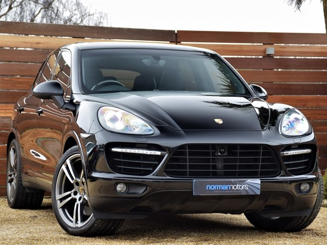 used Porsche Cayenne V8 TURBO TIPTRONIC S