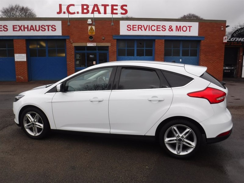 used Ford Focus ZETEC in in-huddersfield-west