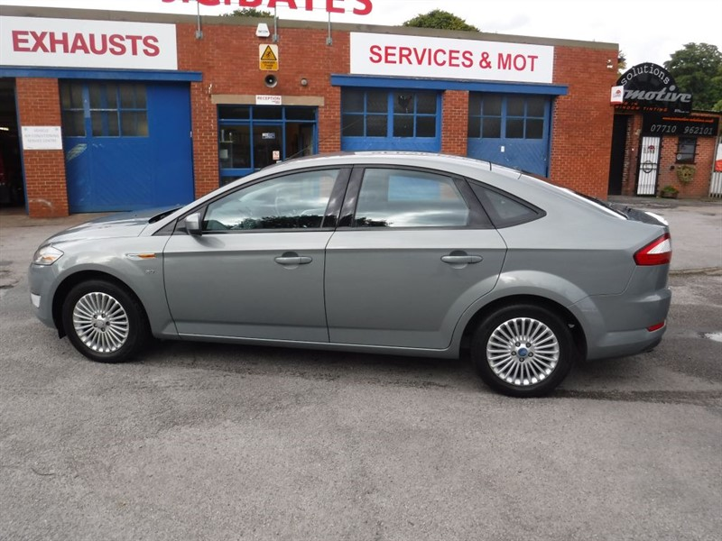 used Ford Mondeo ZETEC TDCI in in-huddersfield-west