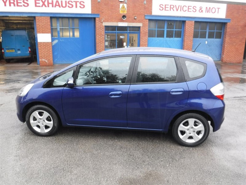 used Honda Jazz I-VTEC ES in in-huddersfield-west