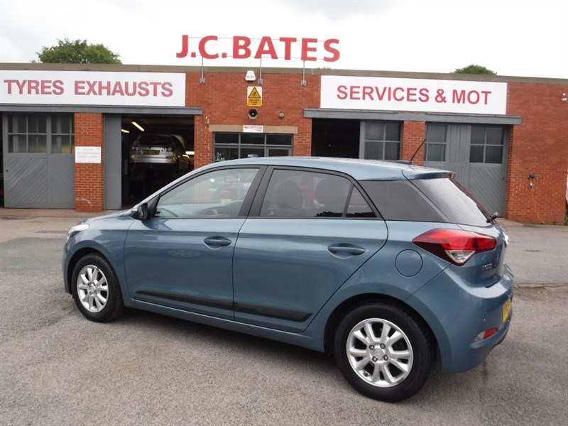 used Hyundai i20 MPI GO in in-huddersfield-west