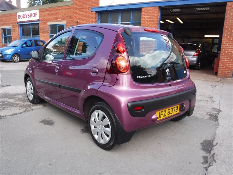 used Peugeot 107 ACTIVE in in-huddersfield-west