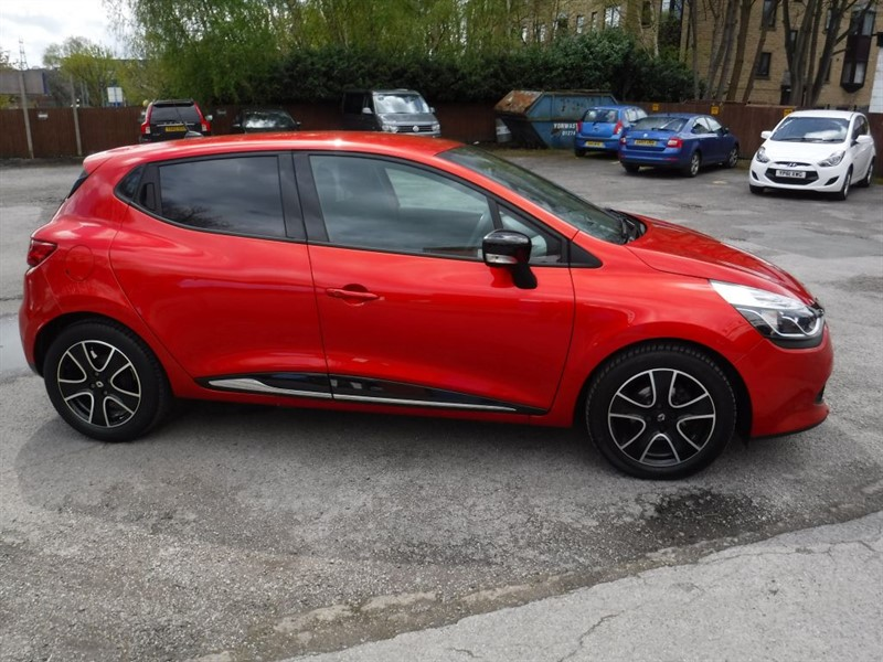 used Renault Clio DYNAMIQUE MEDIANAV ENERGY TCE S/S in in-huddersfield-west