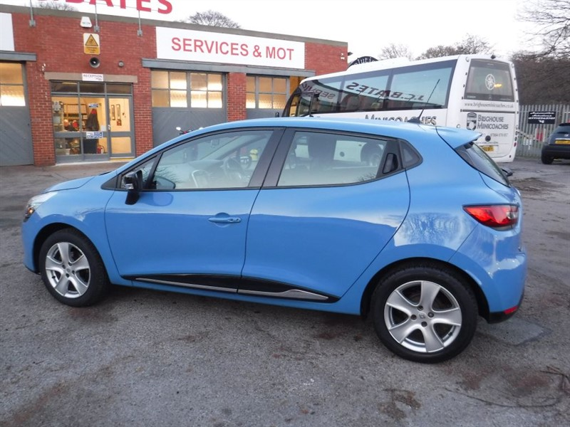 used Renault Clio DYNAMIQUE MEDIANAV in in-huddersfield-west