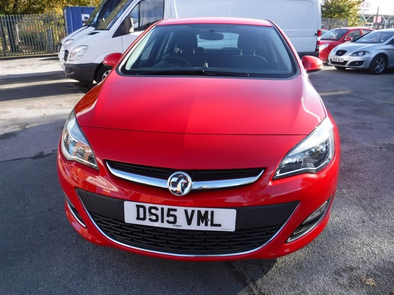 used Vauxhall Astra SRI in in-huddersfield-west