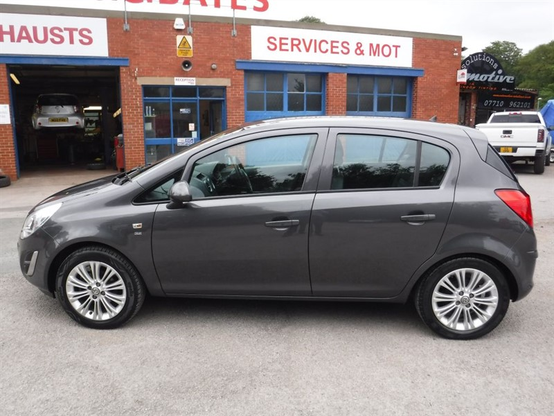 used Vauxhall Corsa SE in in-huddersfield-west