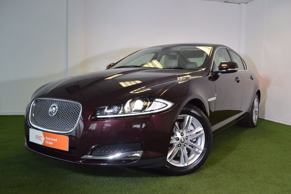 used Jaguar XF D LUXURY in bournemouth