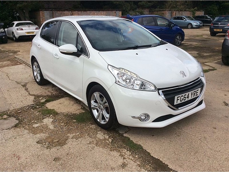 used Peugeot 208 ALLURE in cambridgeshire-for-sale