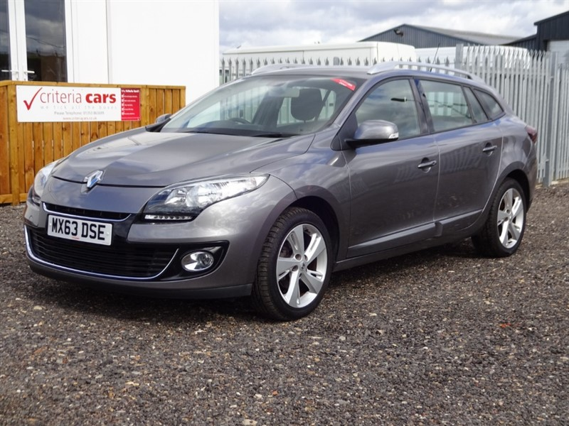 used Renault Megane DYNAMIQUE TOMTOM DCI EDC in cambridgeshire-for-sale