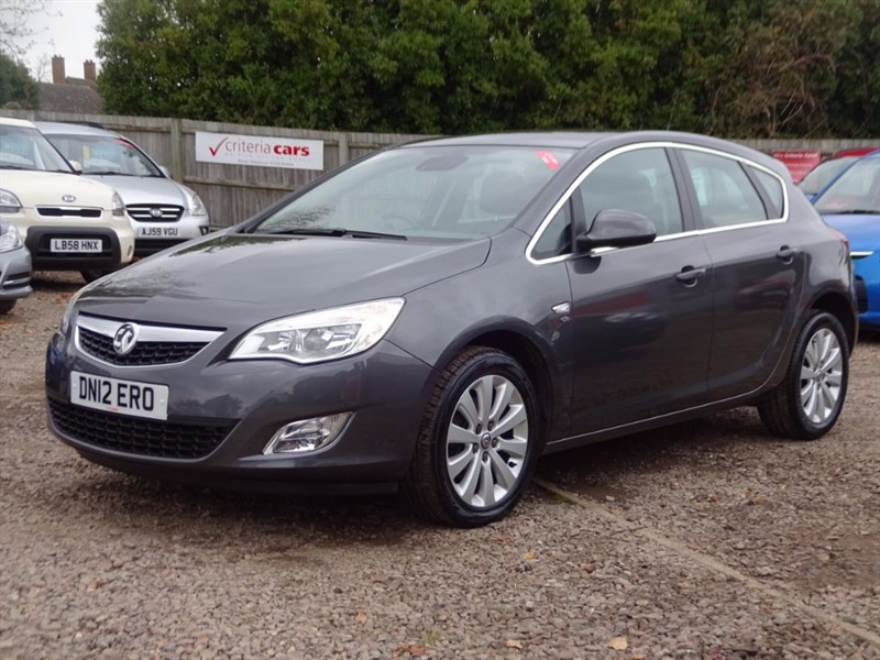 used Vauxhall Astra ELITE CDTI S/S in cambridgeshire-for-sale