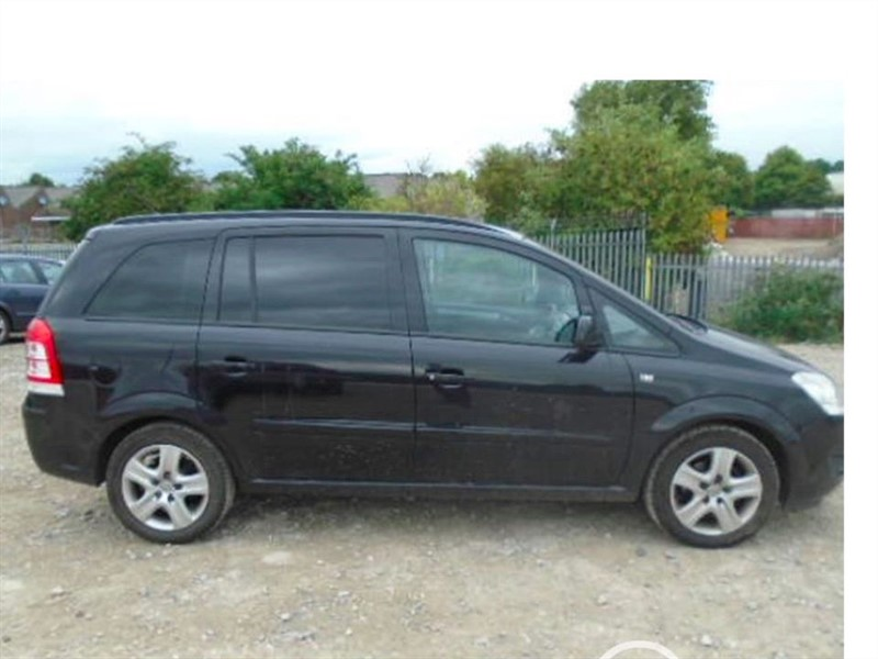 used Vauxhall Zafira EXCLUSIV in cambridgeshire-for-sale