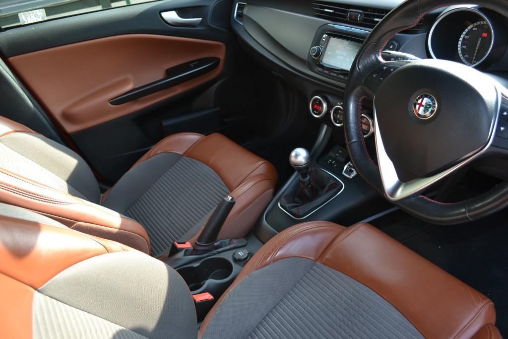 Alfa Romeo Giulietta   Mole Valley Specialist Cars Ltd   Surrey