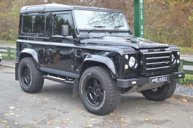 used Land Rover Defender 90 TD XS Twisted Edition!! in dorking-surrey