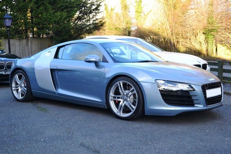 Car of the week - Audi R8 QUATTRO  (Only 10,000 miles!) - Only £49,995