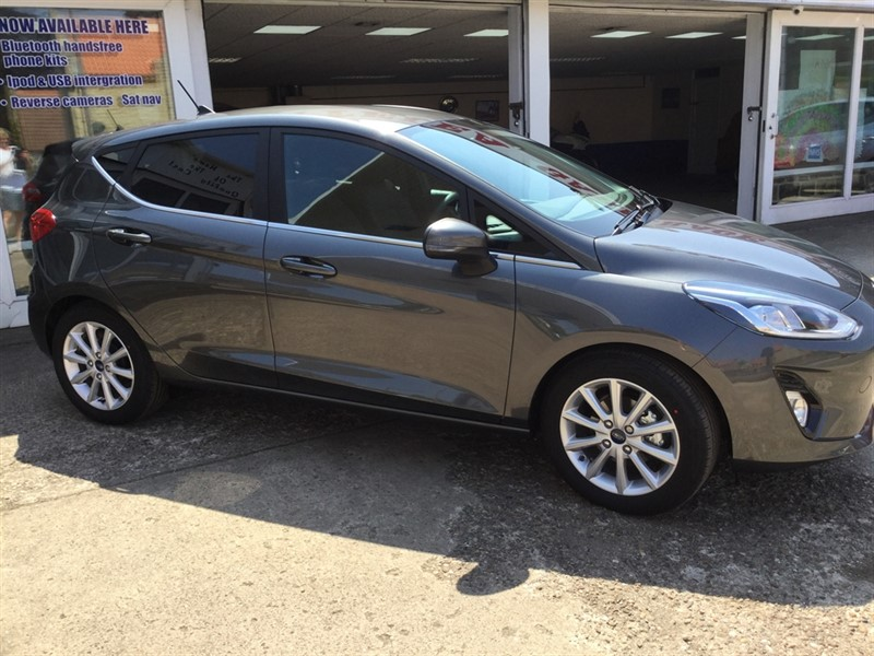 used Ford Fiesta TITANIUM in sheffield-south-yorkshire