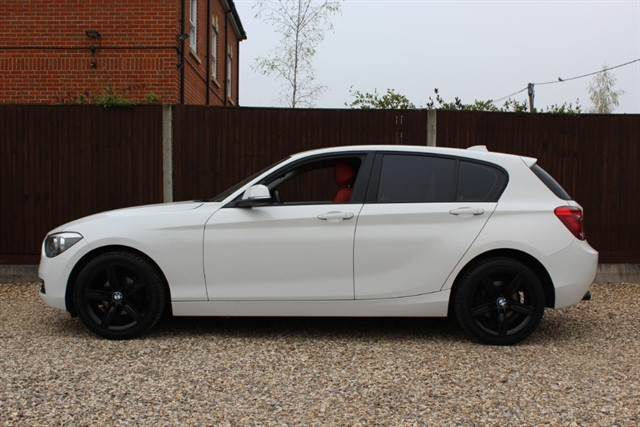 used BMW 116d SPORT AUTOMATIC in thatcham-berkshire