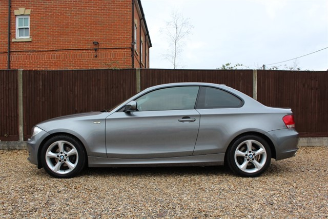 used BMW 118d SPORT COUPE in thatcham-berkshire