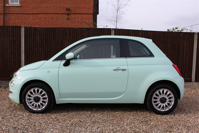 used Fiat 500 LOUNGE in thatcham-berkshire