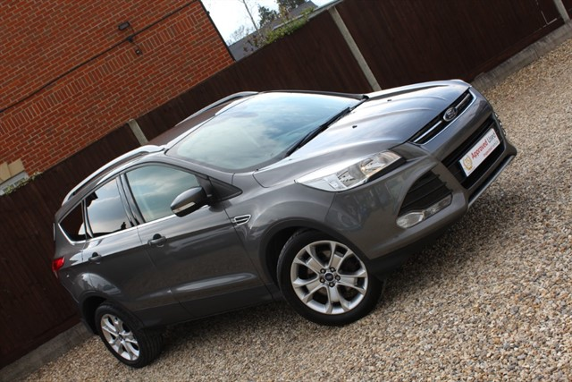 used Ford Kuga TITANIUM TDCI in thatcham-berkshire