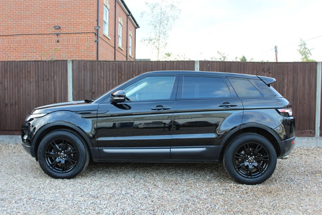used Land Rover Range Rover Evoque SD4 PURE TECH in thatcham-berkshire