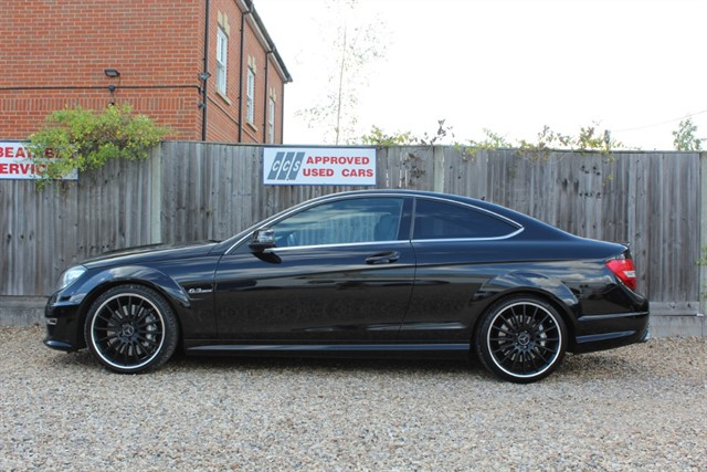 used Mercedes C63 AMG COUPE in thatcham-berkshire