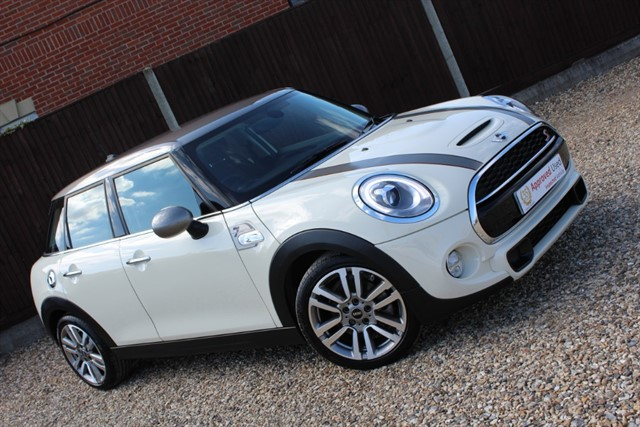 used MINI  COOPER S SEVEN in thatcham-berkshire