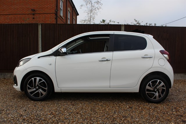 used Peugeot 108 ALLURE TOP in thatcham-berkshire