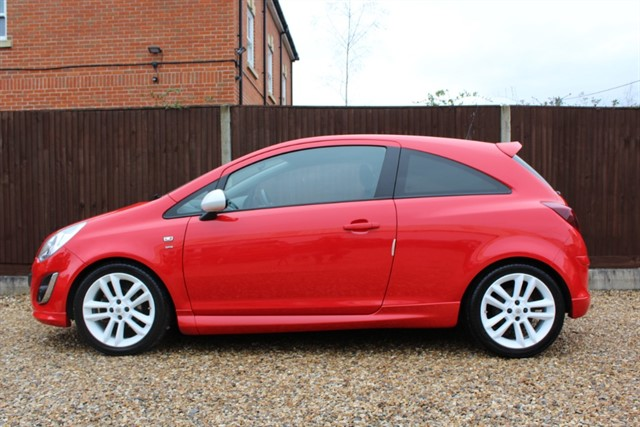 used Vauxhall Corsa SRI in thatcham-berkshire