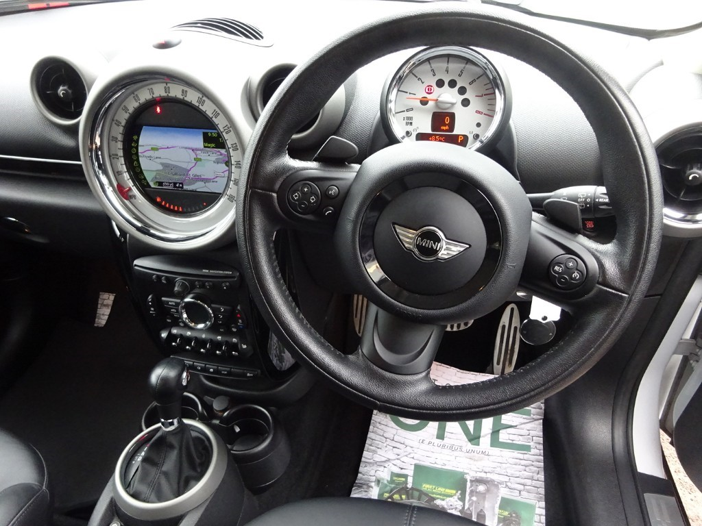 Used Light White Mini Countryman For Sale Buckinghamshire