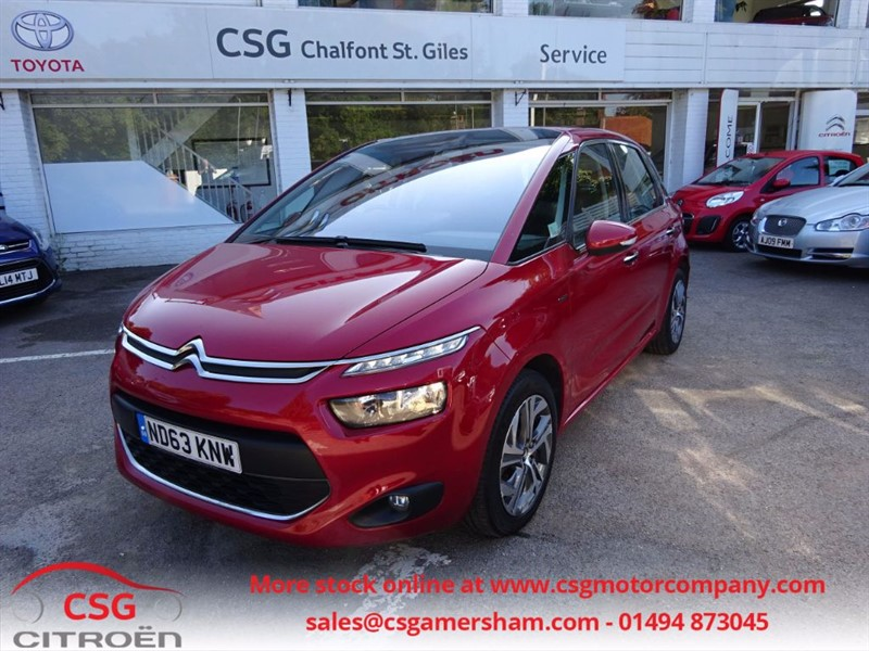 used Citroen C4 Picasso E-HDI AIRDREAM EXCLUSIVE - FCSH - SAT NAV - BLUETOOTH - REAR CAMERA in amersham