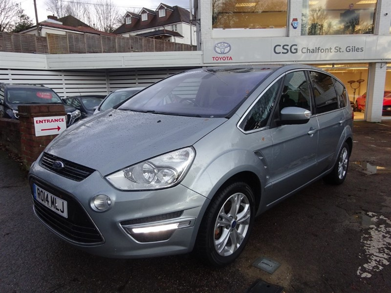 used Ford S-Max TITANIUM TDCI - PAN ROOF - FFSH - PDC in amersham