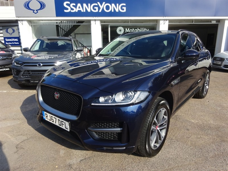 used Jaguar F-Pace I R-SPORT AWD - PAN ROOF - FJSH - 360 CAMERA - H/STEERING WHEEL in amersham
