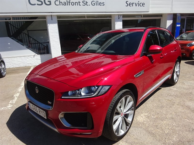 used Jaguar F-Pace V6 S AWD - SUNROOF -H/LEATHER - FJSH - R/CAMERA in amersham