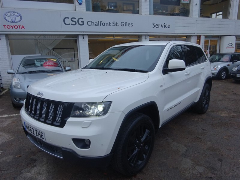 used Jeep Grand Cherokee DCV6 CRD S-LIMITED - SAT NAV - H/LEATHER -PC in amersham