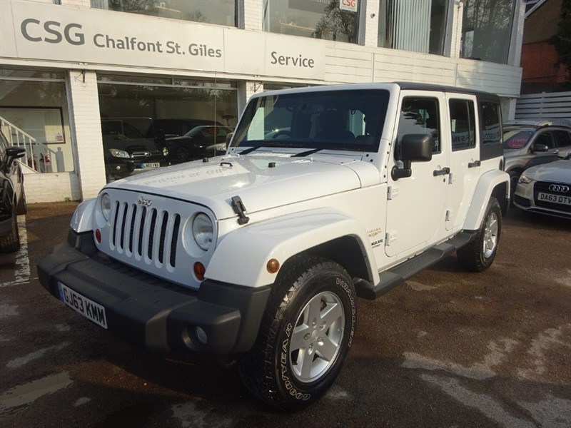 used Jeep Wrangler CRD SAHARA UNLIMITED - AIR CON - BLUETOOTH - CRUISE - FJSH in amersham