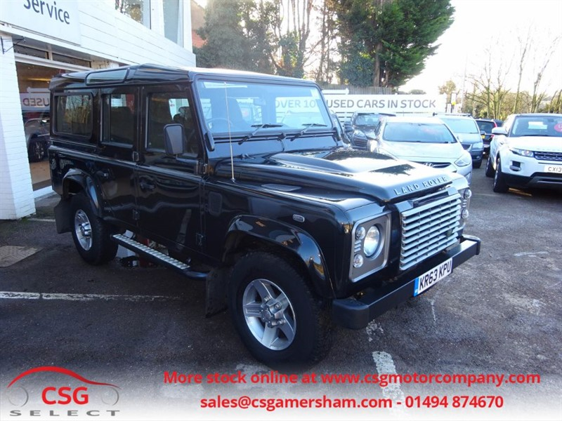used Land Rover Defender 110 TD XS STATION WAGON - AIR CON - H/SEATS in amersham