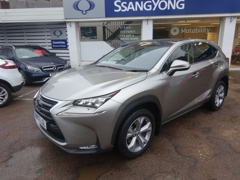 used Lexus NX 300h 300H PREMIER - PANROOF - CAMERA - H/LEATHER in amersham
