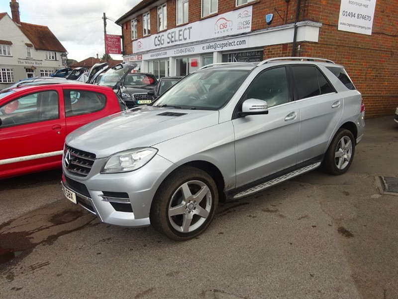 used Mercedes ML350 BLUETEC AMG SPORT - SAT NAV - H/LEATHER - PDC - BLUETOOTH in amersham