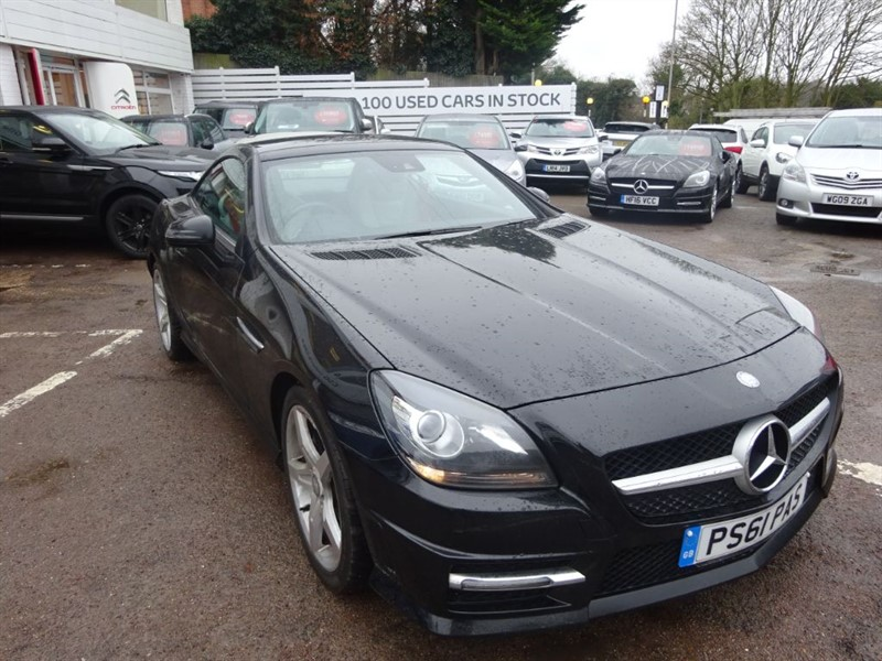 used Mercedes SLK SLK200 BLUEEFFICIENCY AMG SPORT ED125 - FSH -SAT NAV - LEATHER - ALLOYS in amersham