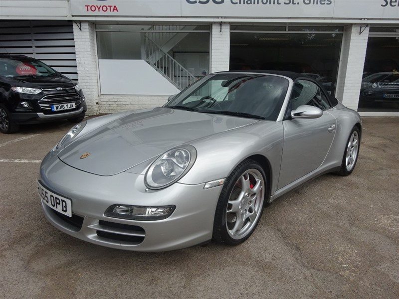 used Porsche 911 CARRERA 4S - FSH - SAT NAV - LEATHER - CLIMATE in amersham